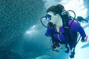 How Deep Can A Human Dive | Ultimate Geeky Guide!